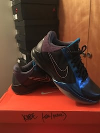 Used Blue black and purple nike low top sneakers and box for sale in ... 09b4ec467