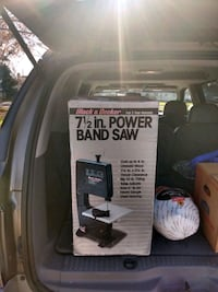 Band saw brand name black and decker Miller Place, 11764