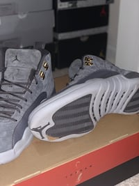 pair of gray-and-black Nike basketball shoes Woodbridge, 22191