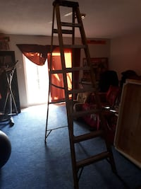 Utility ladder 8 ft good condition Barrie, L4N 7P8