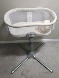 Halo Bassinet Waterloo, N2T 1J1