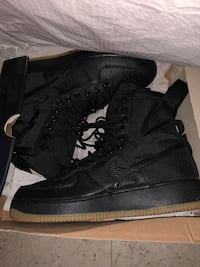 Air Force 1s  New York, 10035