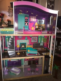 Doll House Baltimore, 21202