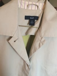 brown Gap notched lapel button-up jacket Winnipeg, R3T 2J9