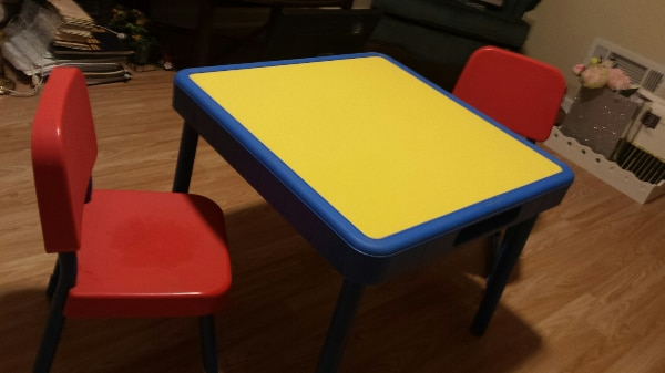 Childrens Fisher Price Table And Chair Set