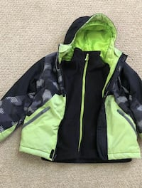 Children's place winter jacket in great conditions!