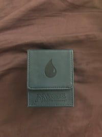 Water magic the gathering card case w/ free cards Ankeny, 50021