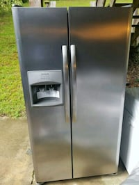stainless steel side-by-side refrigerator with dis Laurel, 20708