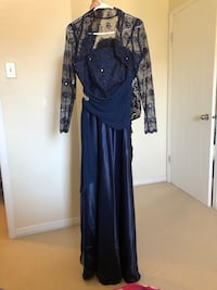 Beautiful fancy evening dress size 12/24 Montreal, H1J 1G2