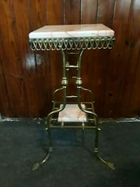 Onyx French empire stand Jacksonville, 32206