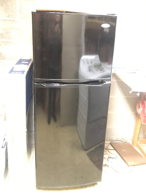 "Fridge 60""h, 27""d, 24""wide 141d9c04-edc8-43d9-891e-0aa3467c96c6"
