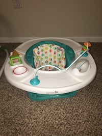 Baby seat with activities  Fountain, 80817