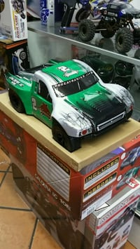 Radio-controlled brushless Short Course Truck   Los Angeles, 91344