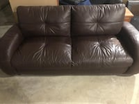Comfy brown leather sofa Burnaby, V5A 0C7