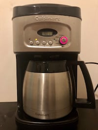 Cuisinart Coffee Maker (12 cups) Vancouver