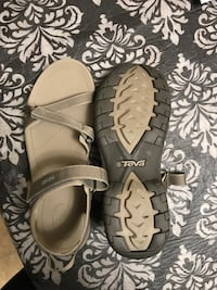 TEVA verra  sandals Winnipeg, R2K 3V6