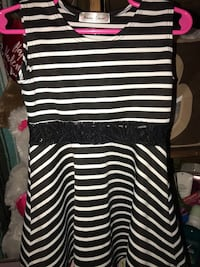 black and white striped scoop-neck shirt Las Cruces, 88012