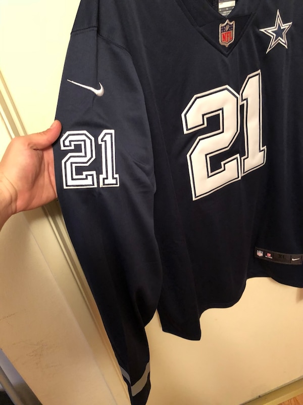 156d5e25 Used Nike Navy Dallas Cowboys Therma Long Sleeve Jersey for sale in ...