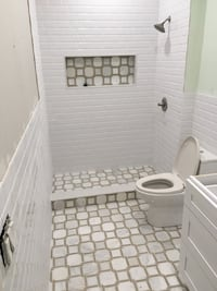 Remodel bathrooms Riviera Beach, 33407
