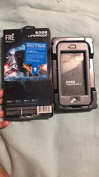 iPhone 7 lifeproof  Middletown, 10940