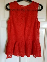 Beautiful lace peplum blouse (size S) Fornebu, 1364