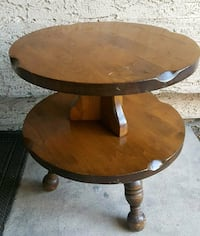 Sturdy Solid Wood Vintage Round Table $65 Firm  Henderson, 89074