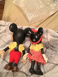 $60for the set! Vintage 1960s Mickey and Minnie Mouse 273 mi