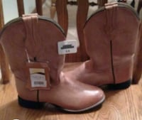 New cowgirl boots  Des Moines, 50315