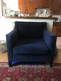 Blue couch  Whittier, 90606