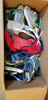 Diaper box full of 12 mo boy clothes and shoes Nanty-Glo, 15943