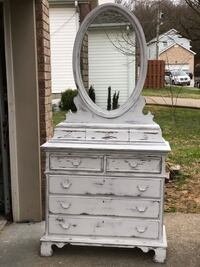 Farmhouse, solid wood dresser Nashville, 37013