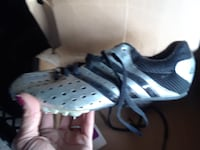 New Adidas soccer cleats size 7 Tulsa, 74126