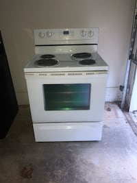 white and black 4-burner gas range oven Herndon, 20171