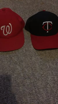 red and black Chicago Bulls fitted cap Winnipeg, R3E 0L9