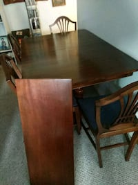Cherry wood table with 4 chairs Pickering
