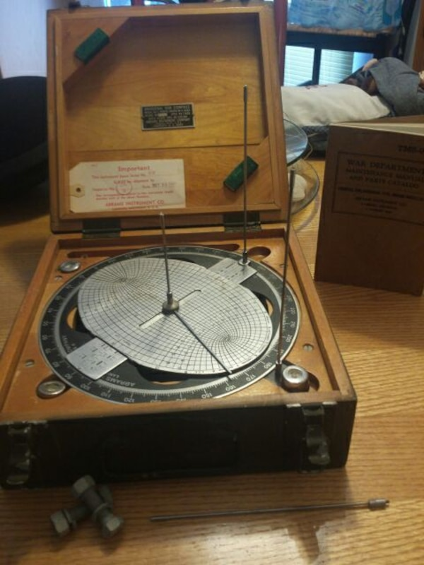 1943 US Army C of E universal sun compass