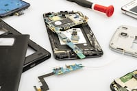 Certified Technicians to Fix Your Phone Battery Camera Microphone Speaker Screen Buttons Charging