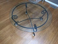 Round coffee table Newark, 19711