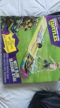 TMNT water slide box Surrey, V3R 1Y5