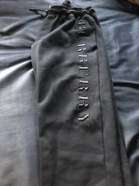 Burberry sweatpants : Large 47 km