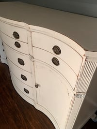 Shabby chic distressed buffet Burke, 22015