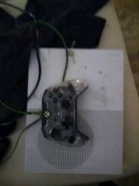 Game console, controller and games