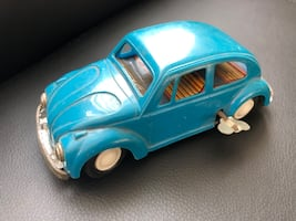 Vintage Volkswagen Beetle toy car '60s collectible. Nice!