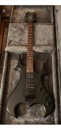 black and brown electric guitar Laval, H7V 3W8