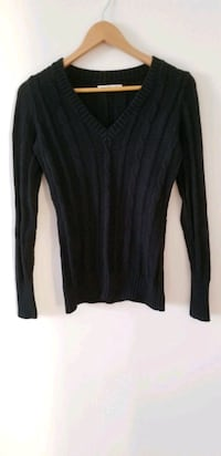 Old navy black cable knit sweater xs Vancouver, V6B
