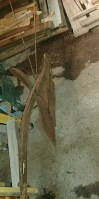 ANTIQUE SINGLE HORSE PLOW