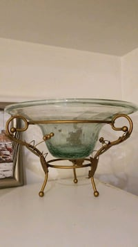 Glass and gold bowl on stand  Brampton