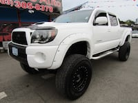 2008 Toyota Tacoma 4x4 DOUBLE CAB V6 AUTO *WHITE * LIFTED TRD SPORT OFF ROAD Milwaukie
