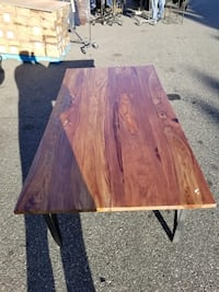Brand new solid wood dining table Maple Ridge, V2X 3T6