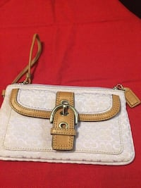 COACH WALLET,EXCELLENT CONDITION,SMOKE FREE HOME Kitchener